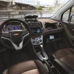 Chevrolet-Tracker-2013 3