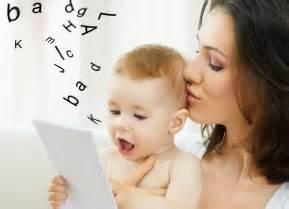 Estimulando o bebê a falar.