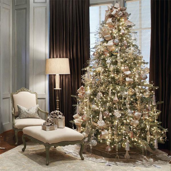 decoracao de arvore de natal simples e barata : decoracao de arvore de natal simples e barata:árvores não são apenas verdes. Podem ser brancas também!