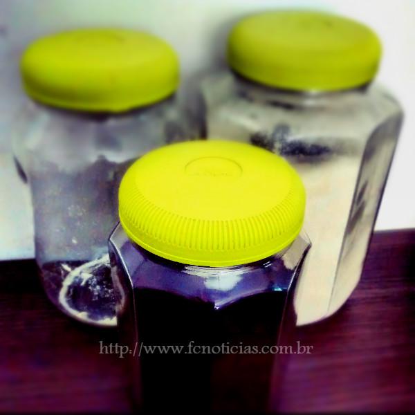 Os potes são utilizados para guardar produtos como alimentos e utensílios.