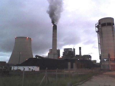 Usina termoelétrica - uma das mais poluentes.